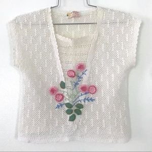 Vintage 1970's crocheted knit floral lace top